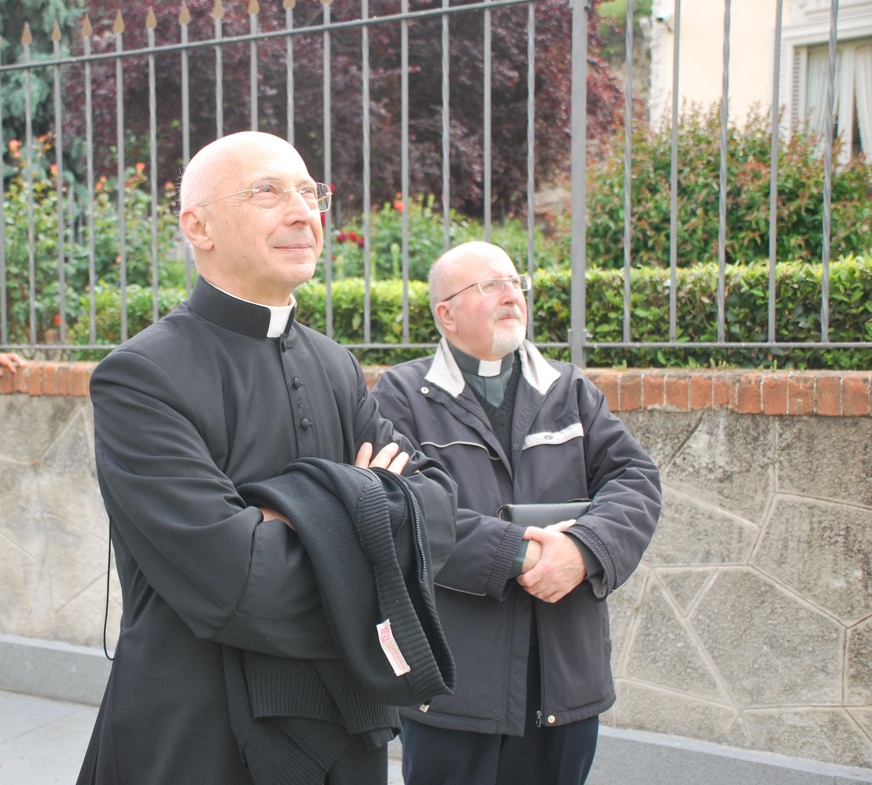 Il card. Bagnasco a Susa con un gruppo di sacerdoti genovesi