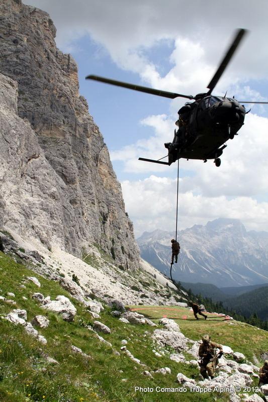 Gli Alpini della Taurinense sulle Dolomiti
