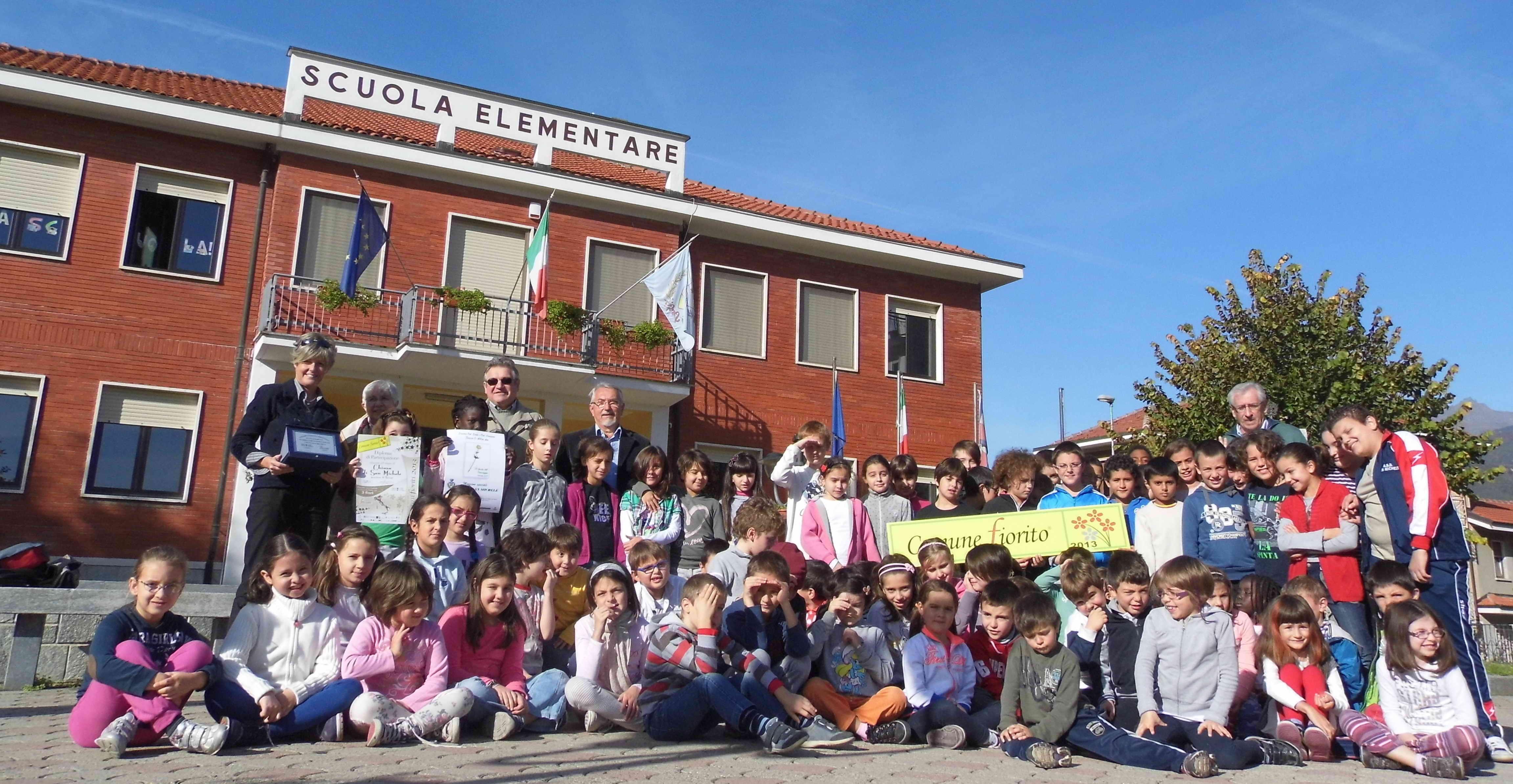 """E' a Chiusa San Michele la """"scuola più fiorita d'Italia"""". Tre fiori su quattro a Venaus."""