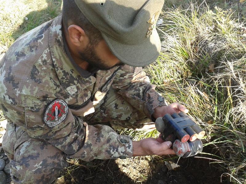 Villar Focchiardo: gli artificieri della Taurinense neutralizzano tre bombe a mano