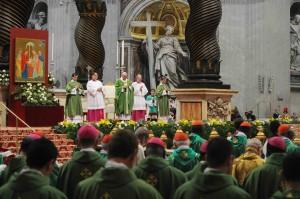 La Messa in San Pietro col Papa, domenica mattina (Foto Siciliani-GennariSIR)