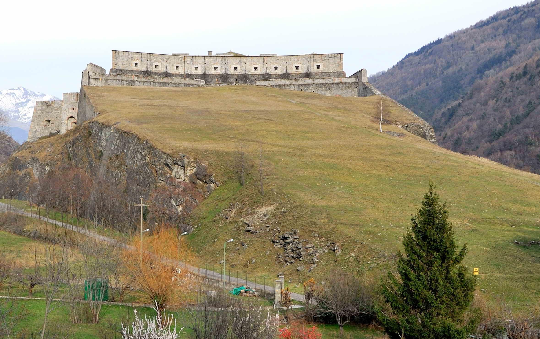 Il Terzo Paradiso: 11 mila lavande alle pendici del Forte di Exilles