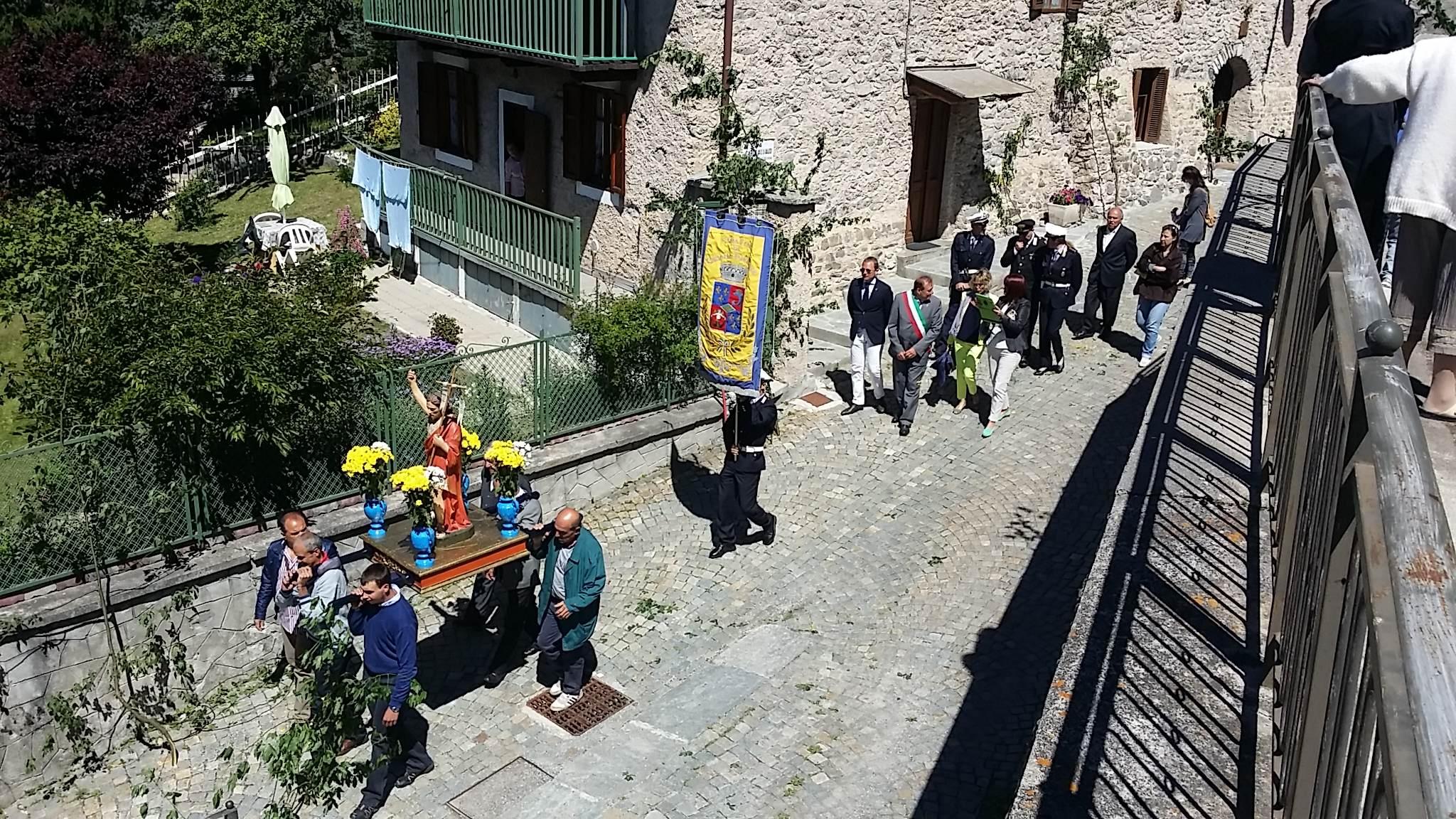 Cesana torinese. La processione di San Giovanni