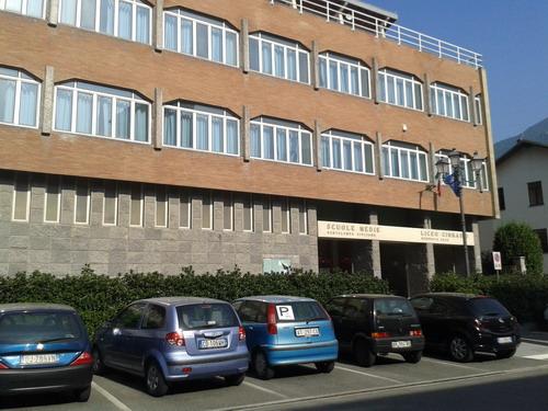Il Liceo Norberto Rosa sospende le lezioni in presenza fino al 24 novembre
