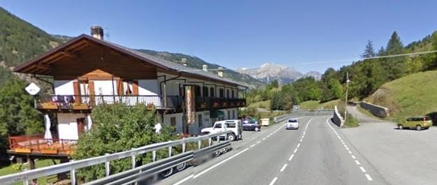 L'Anas agli operatori turistici dell'Alta Valle: togliete i cartelli dalla strada!