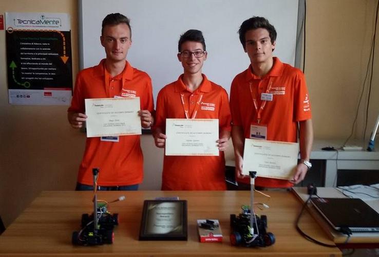 """Tre studenti del Ferrari di Susa """"assi"""" in robotica"""