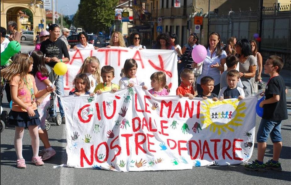 Manifestazione per il punto nascite dell'ospedale di Susa