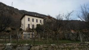 La ex scuola elementare dell'Argiassera a Bussoleno