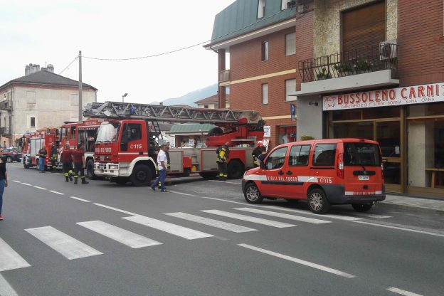 Cantina in fiamme a Bussoleno, due intossicati