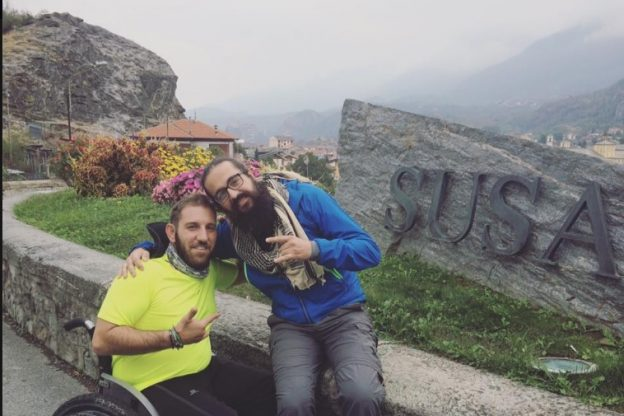 Il viaggio di Pietro Scidurlo: con la carrozzina lungo la Via Francigena