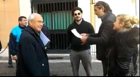 "Osvaldo Napoli aggredito dai ""Forconi"""