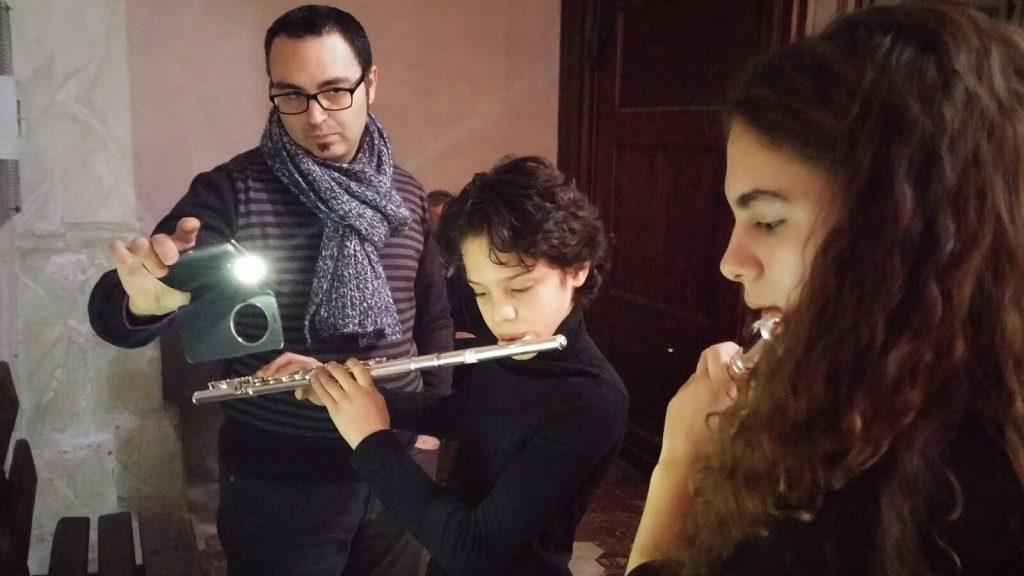 S.Antonino, chitarristi e flautisti sul podio a Ozegna. E stasera c'è il concerto in palestra