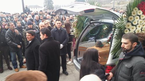 Centinaia di biker per l'ultimo saluto ad Alessandro Gino