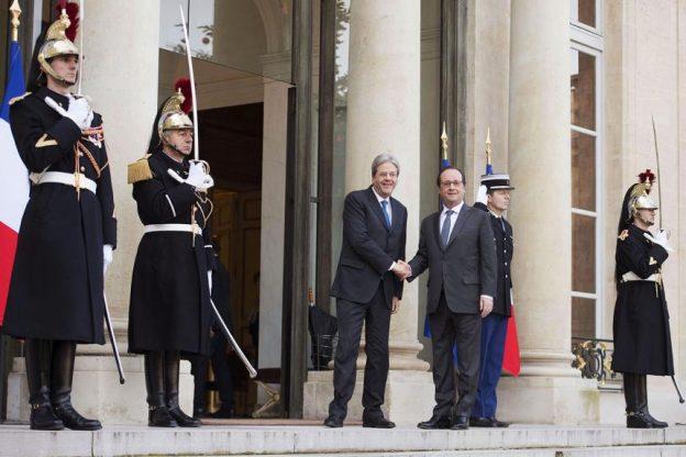 """Hollande: """"A fine mese la ratifica della Torino-Lione"""""""