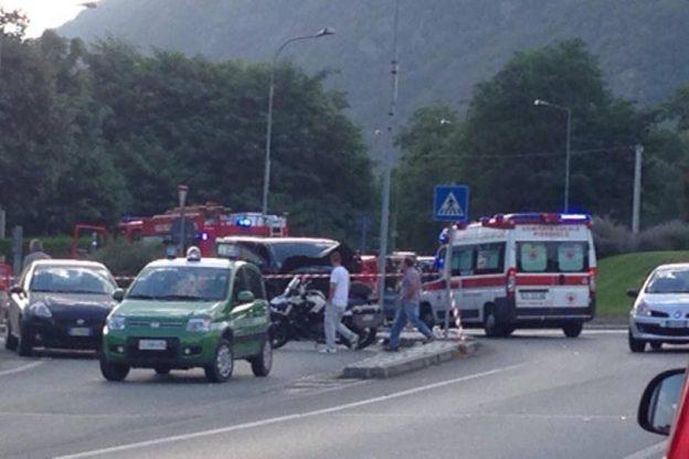 Condove, furgone contro moto a Condove dopo una lite: muore una donna. Il conducente del Van arrestato per omicidio stradale