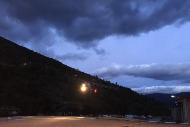 Rochemolles (Bardonecchia), escursionista canadese portato in salvo dall'elicottero francese