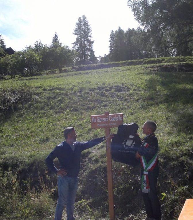 Sauze d'Oulx, la strada che porta a Tachier intitolata Giovanni Casabella