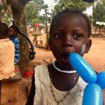 Una bambina dell'orfanotrofio