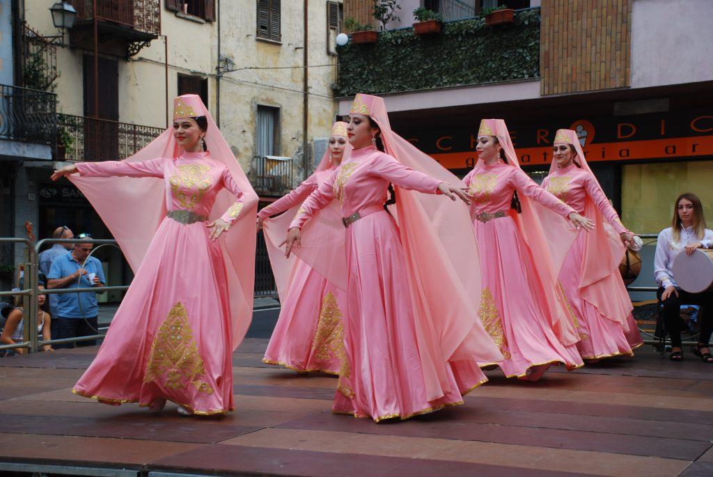 Susa, aperto il 52° Festival Internazionale del Folklore