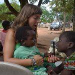 Con i bambini dell'orfanotrofio di Tohoun