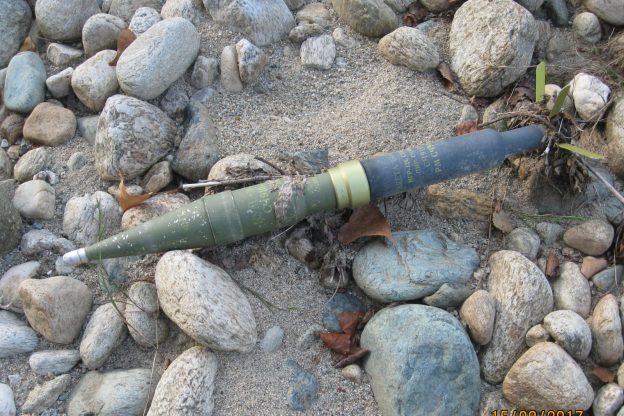 Il Sangone restituisce un razzo anticarro della II Guerra Mondiale