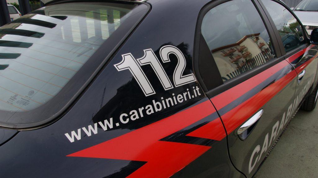 Alpignano, 21enne arrestato per rapina ai danni di una donna
