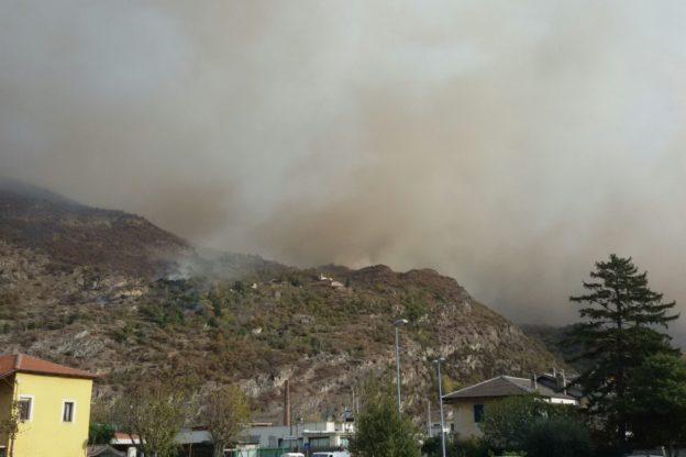 Incendi. Evacuata frazione San Giuseppe di Mompantero per motivi precauzionali