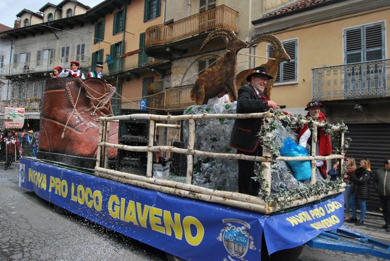 Giaveno, tutto pronto per il Carnevale 2018, domenica 21 gennaio