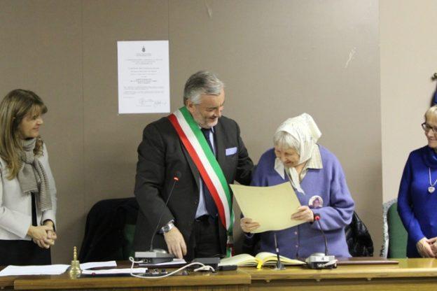 Vera Vigevani Jarach, una delle Madri di Plaza de Mayo, è cittadina onoraria di Giaveno