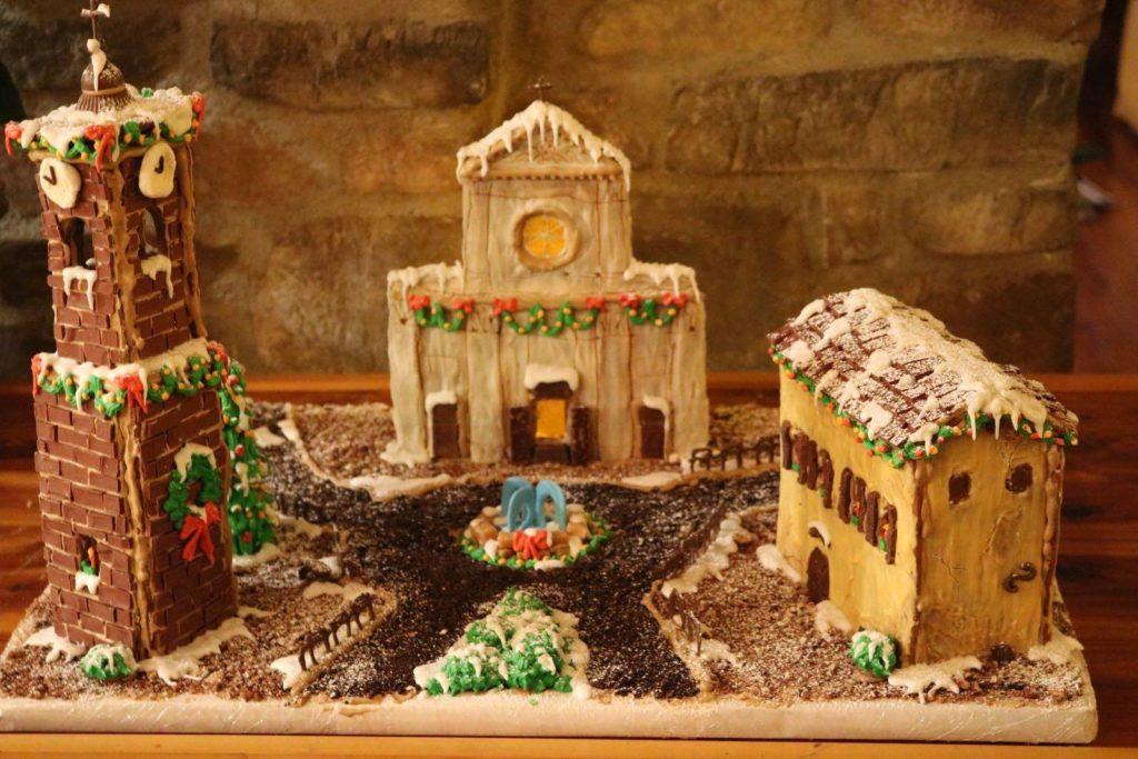 Giaveno, un dolce di marzapane e cioccolato, made in U.S.A, riproduce Piazza San Lorenzo