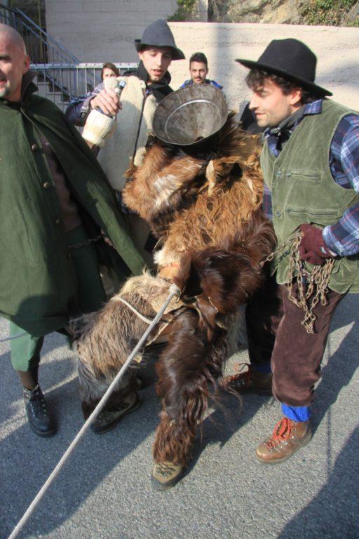 Mompantero, grande successo per la Festa dell'Orso