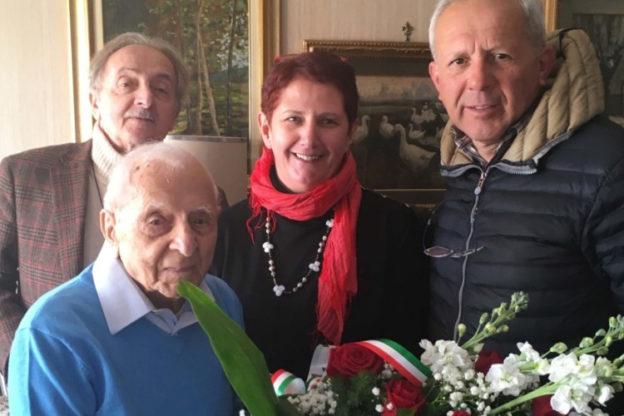 Avigliana, i cento anni del maestro Pasquale Nesta, una vita dedicata alla scuola