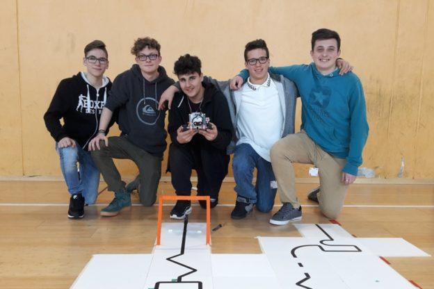 Cinque studenti valsusini dell'Istituto Ferrari alla conquista della RoboCup under 19
