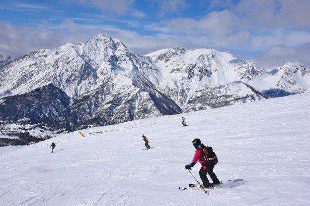 """Presenze """"anomale"""" in montagna. L'appello di Merlo ai turisti: """"Non venite!"""""""
