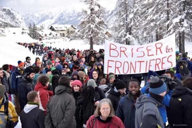 Migranti in Alta Valle, incontro oggi in Prefettura