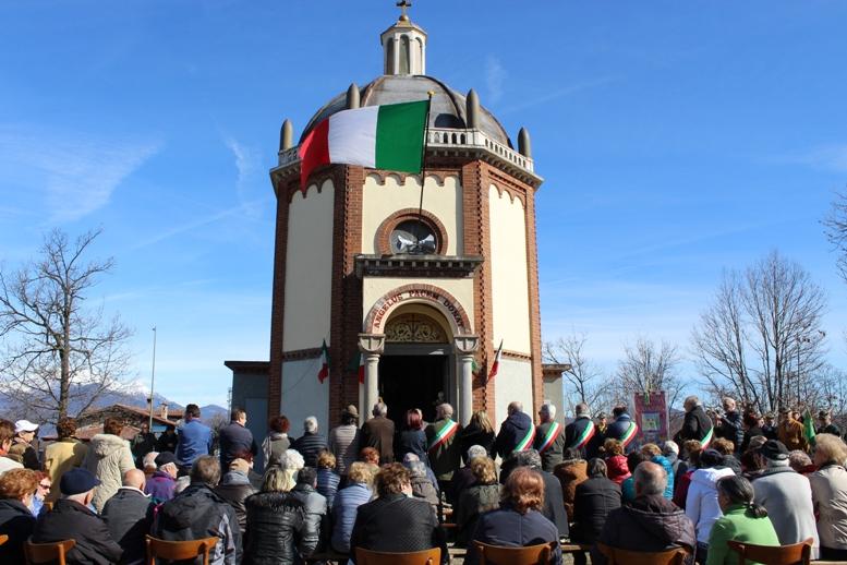 Giaveno, i Comuni della Val Sangone hanno ricordato i caduti di tutte le guerre all'Angelo della Pace