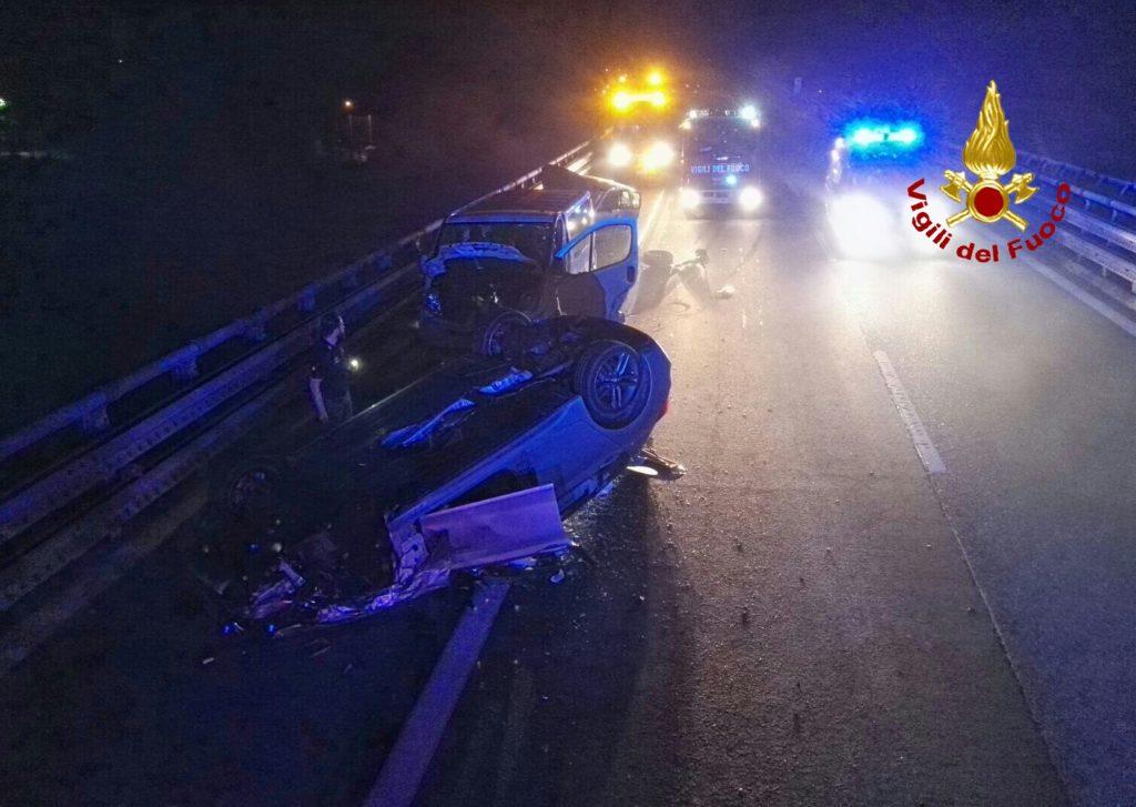 Chiusa San Michele, tre autoveicoli coinvolti in un incidente sull'autostrada A 32