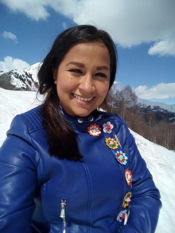 Una ragazza colombiana a Caselette
