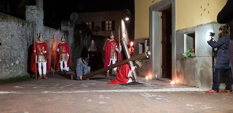 Valsusa, seguitissima la Via Crucis del Venerdì Santo di Villar Focchiardo