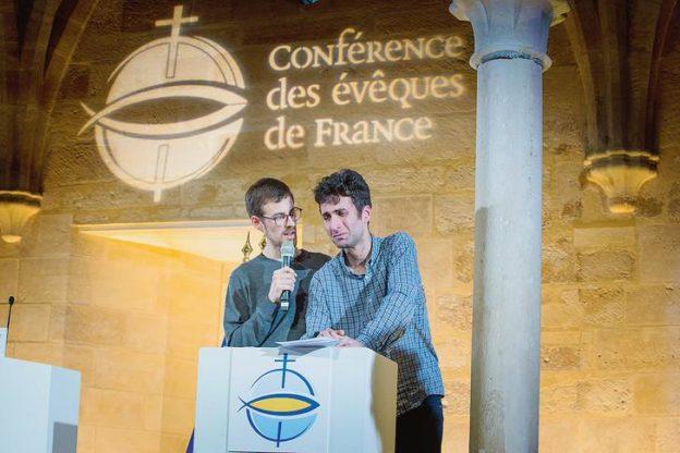 """I vescovi di Francia al presidente Macron:""""La grandezza di una società si misura dalla cura per i più deboli"""""""
