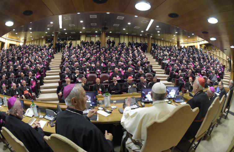 """Papa Francesco ai vescovi italiani: Superare la crisi delle vocazioni con i """"fidei donum"""""""
