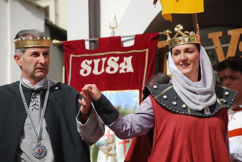 Susa ha salutato la nuova contessa Adelaide e il nuovo conte Oddone