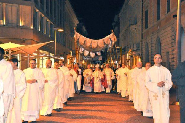 Giovedì 31 maggio, nella cattedrale di Susa, si terrà la celebrazione diocesana del Corpus Domini