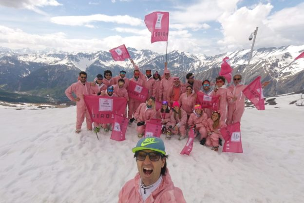 Bardonecchia, i maestri di sci hanno salutato il Giro d'Italia