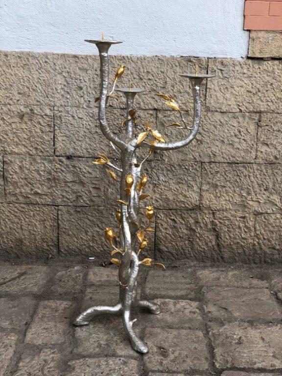 Un candelabro liturgico in dono per i 150 anni della Basilica di Maria Ausiliatrice