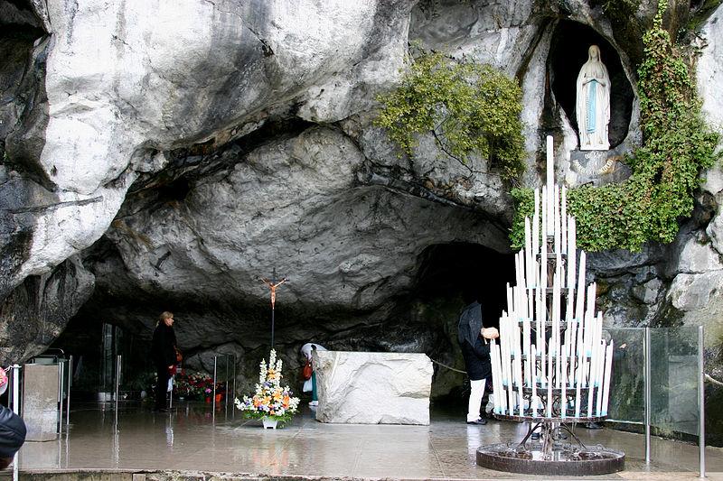L'Unitalsi piemontese in pellegrinaggio a Lourdes dal 2 al 7 settembre