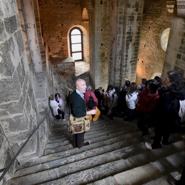 """A Bussoleno, venerdì 29 giugno, si presenta il libro """"Sui sentieri della Sacra di San Michele"""""""