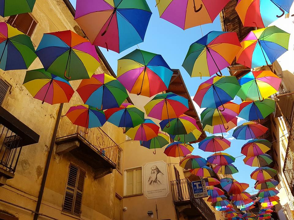 Giaveno, Festa di chiusura degli ombrelli il primo e il 2 settembre