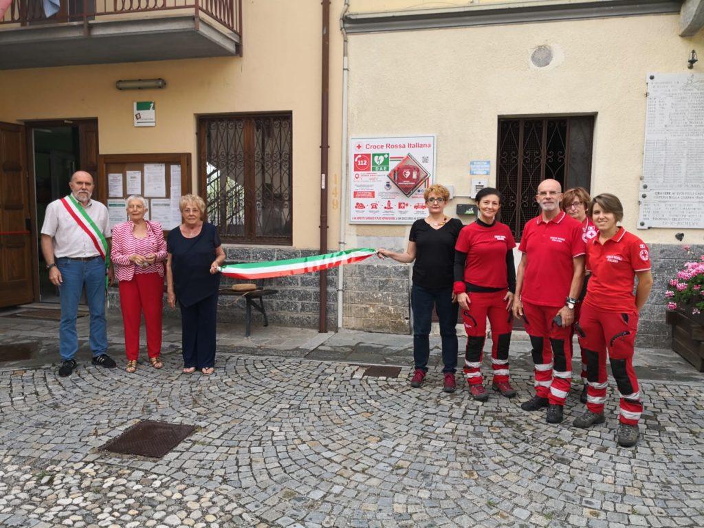 Inaugurato a Gravere il nuovo defibrillatore. Venerdì 27 luglio il corso gratuito per il suo utilizzo