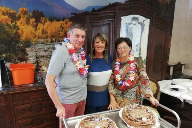Il Comune di Sangano festeggia il pensionamento dell'architetto Roggero e della ragioniera Ravera